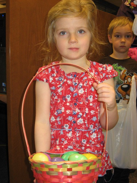 2011-4 Easter Egg Hunt 5.jpg